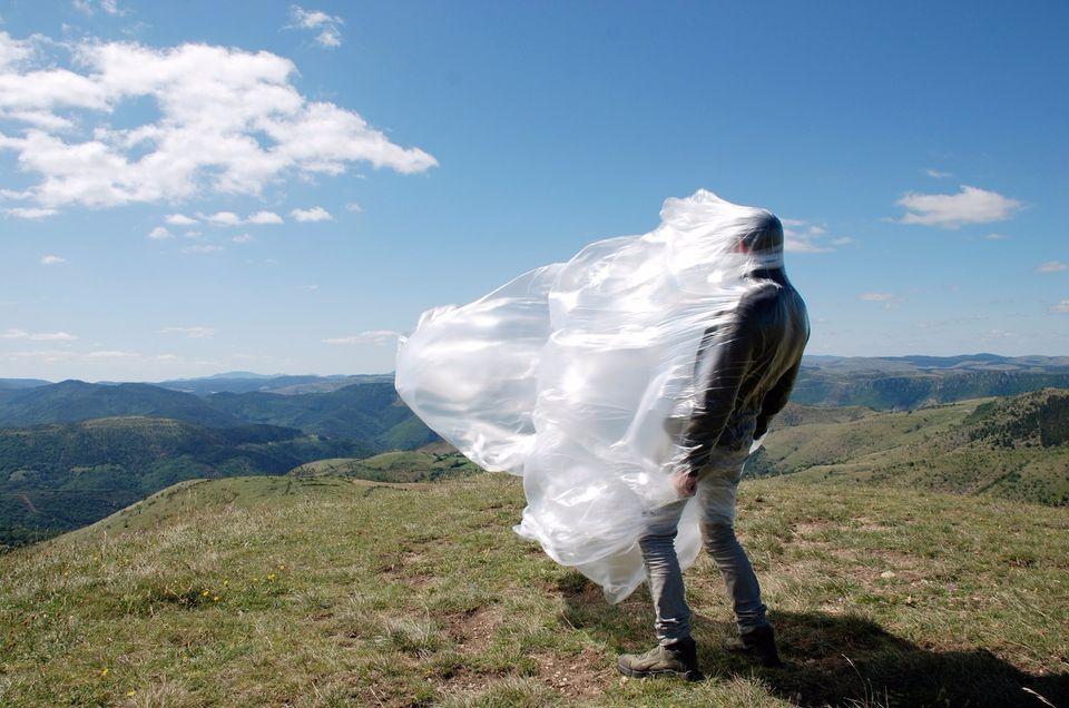 Pierre-Yves Hélou, Se fondre dans la masse- Apprivoiser son environnement - S'intégrer, 2013